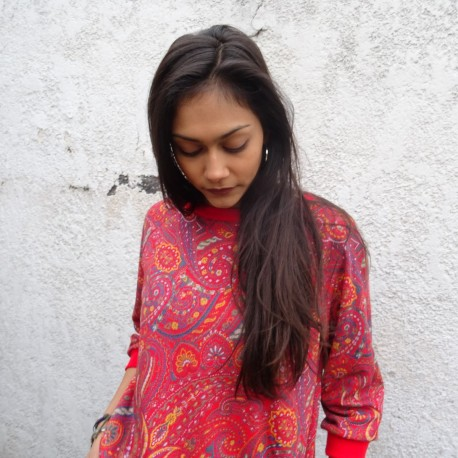 Sweatshirt rouge imprimé cashemire
