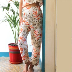 Pantalon taille haute imprimé végétal