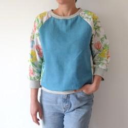 Sweatshirt marine manches fleuries